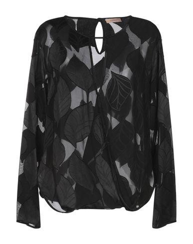 Фото - Женскую блузку MAESTA черного цвета