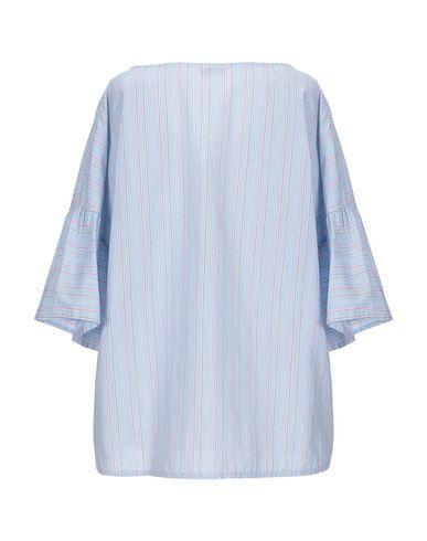 Фото 2 - Женскую блузку EMMA небесно-голубого цвета