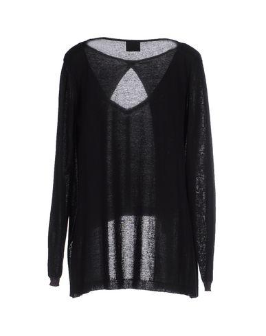 Фото 2 - Женский свитер GOTHA черного цвета