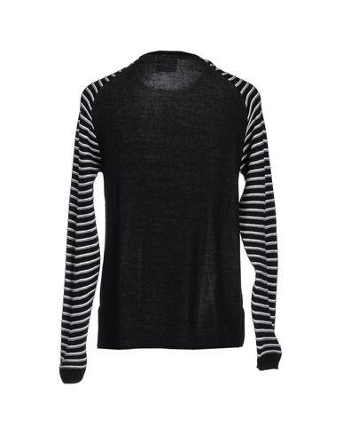 Фото 2 - Мужской свитер XBAKKO черного цвета