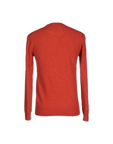 Фото 2 - Мужской свитер  ржаво-коричневого цвета