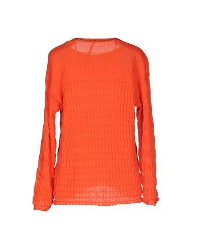 Фото 2 - Женский свитер  оранжевого цвета