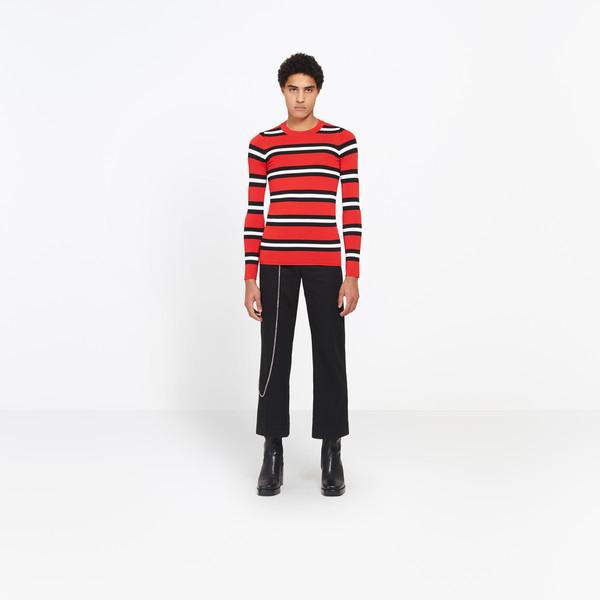 Shrunk Round Neck Sweater