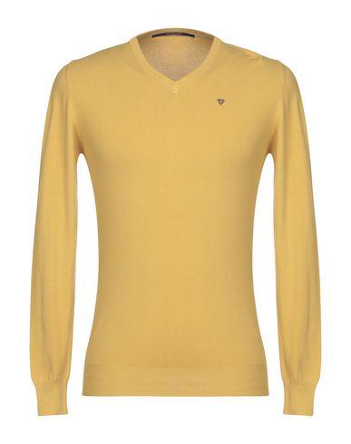 Купить Мужской свитер  желтого цвета