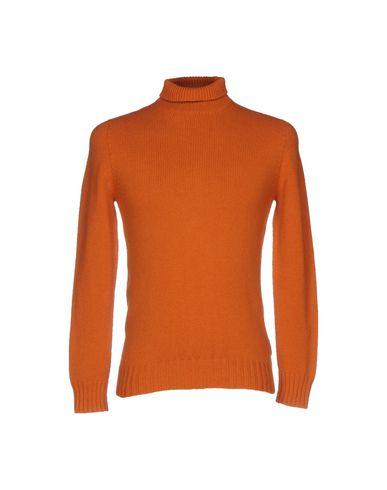 Водолазки ALPHA STUDIO. Цвет: оранжевый