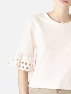 Wide-sleeved t-shirt