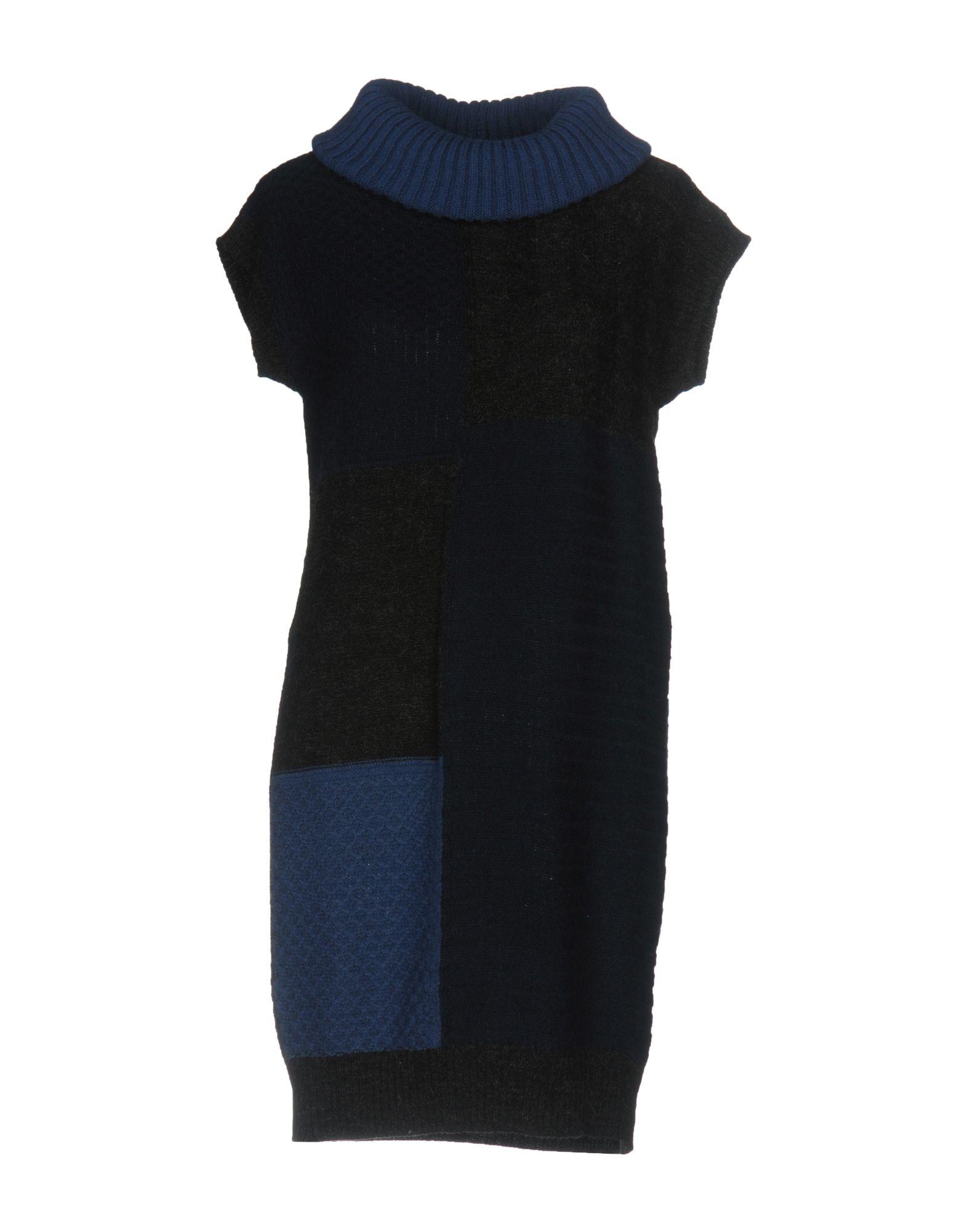 LOVE MOSCHINO Короткое платье цена 2017