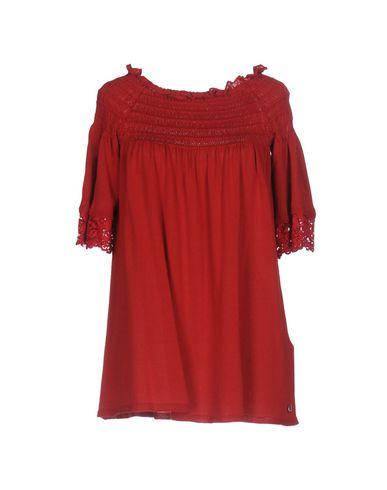 Фото - Женский свитер TWINSET красного цвета