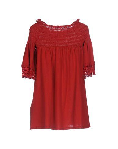Фото 2 - Женский свитер TWINSET красного цвета