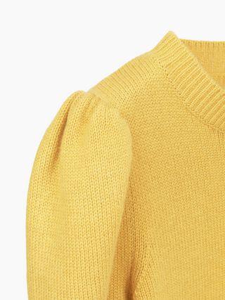 Puffed-sleeve top