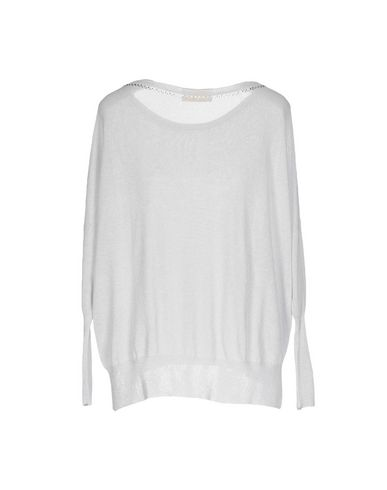Фото 2 - Женский свитер VDP COLLECTION светло-серого цвета