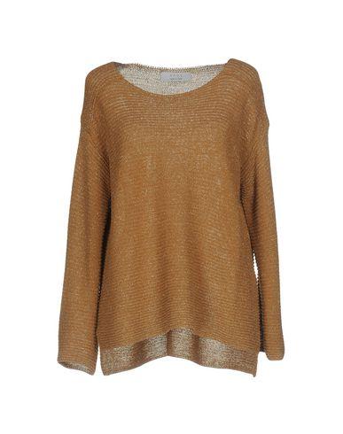 Фото - Женский свитер  цвет верблюжий