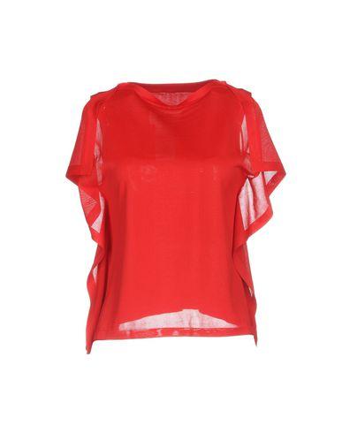 Фото - Женский свитер  красного цвета