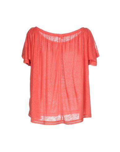 Фото 2 - Женский свитер  кораллового цвета