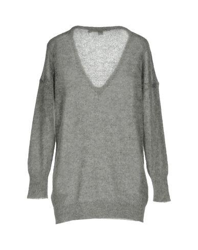 Фото 2 - Женский свитер 19.70 NINETEEN SEVENTY серого цвета
