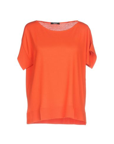 Фото - Женский свитер NEERA оранжевого цвета