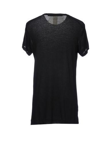 Фото 2 - Женскую футболку _JULIUS черного цвета