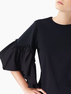 Flouncy T-shirt