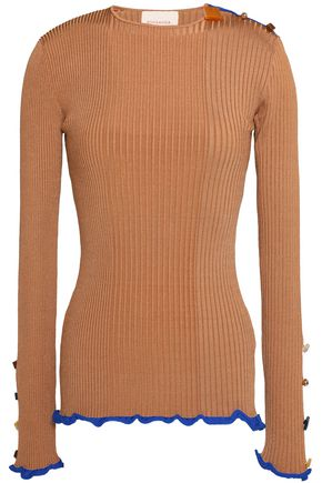 WOMAN RUFFLE-TRIMMED BUTTON-DETAILED RIBBED-KNIT TOP CAMEL