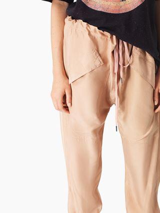 Fluid jogging pants