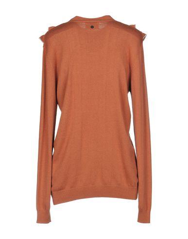 Фото 2 - Женский свитер NÜMPH коричневого цвета