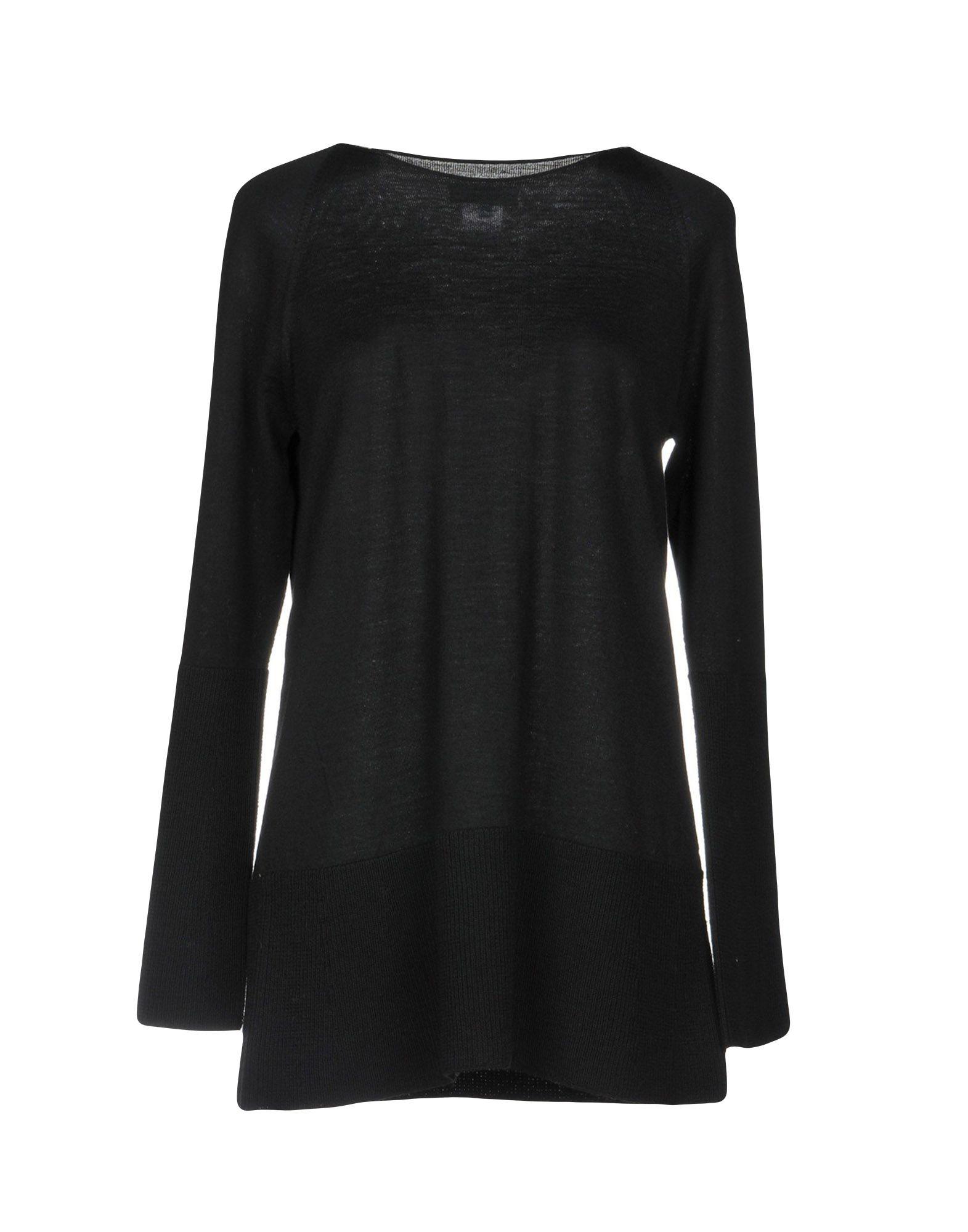 SHE'S SO Sweater in Black