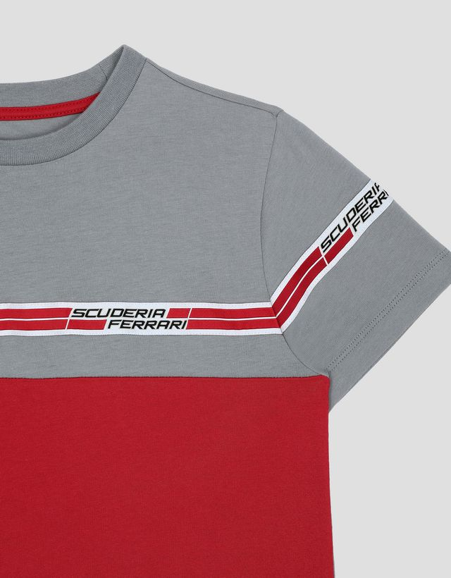 ... Scuderia Ferrari Online Store - Children s T-Shirt with Scuderia  Ferrari Icon Tape - Short 085fc6b6d
