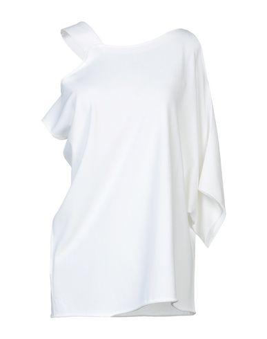 Фото - Женский свитер L.V..N. белого цвета