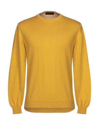 Фото - Мужской свитер  цвет охра