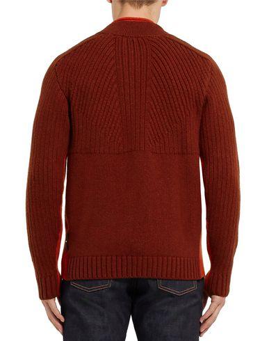 Фото 2 - Мужской свитер  кирпично-красного цвета