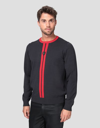 Men's knitted pullover with livery design