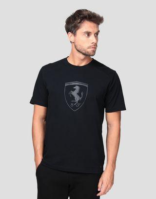Scuderia Ferrari Online Store - Herren-T-Shirt aus Baumwolle mit Ferrari Wappen - Kurzärmelige T-Shirts