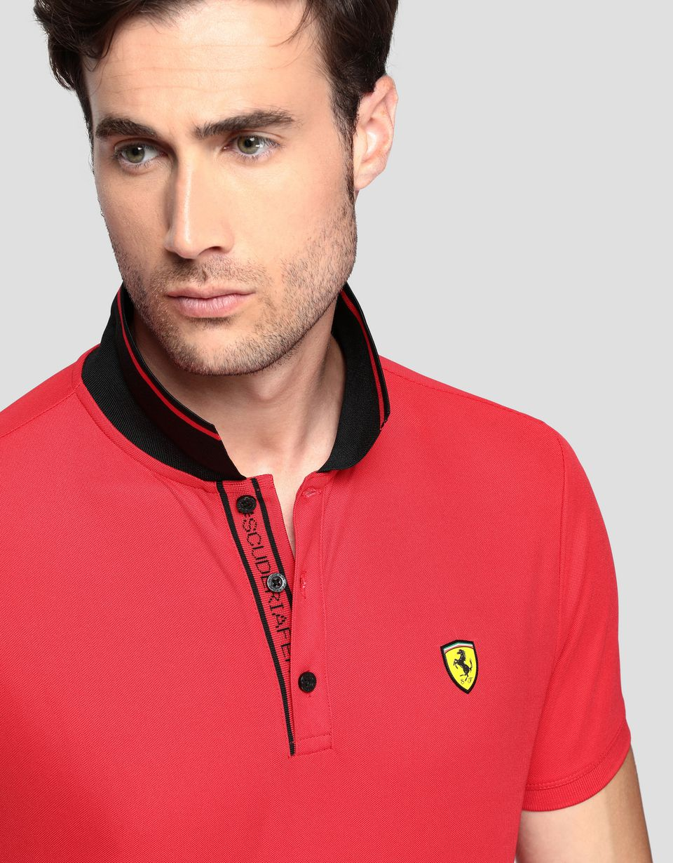 Scuderia Ferrari Online Store - Men's polo shirt in technical piqué - Short Sleeve Polos