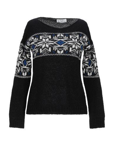 Фото - Женский свитер GRETHA Milano черного цвета