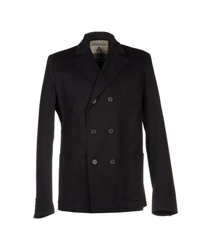 Легкое пальто от ANDREA POMPILIO