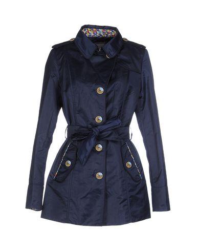 Легкое пальто от LANDI