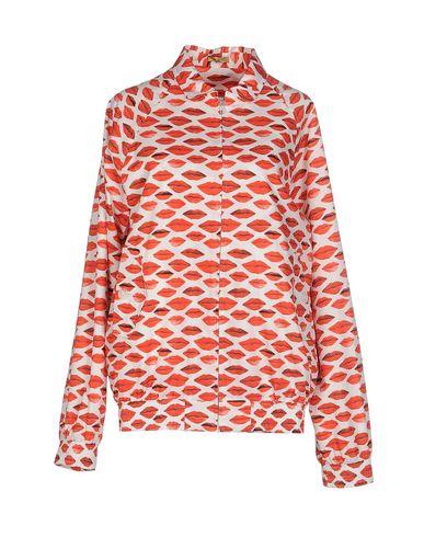 Фото - Женскую куртку PETER JENSEN красного цвета