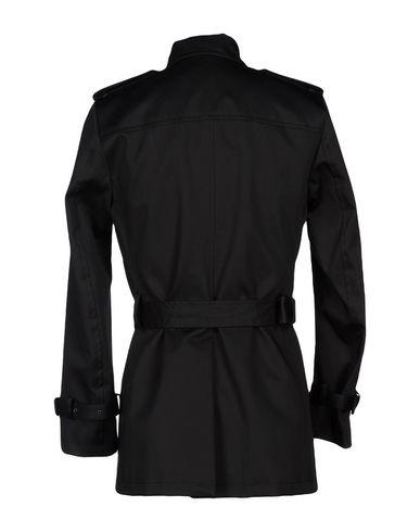 Фото 2 - Легкое пальто от BRIAN DALES черного цвета