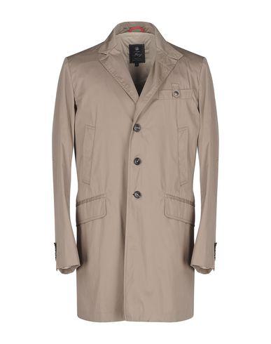 Легкое пальто от FAY