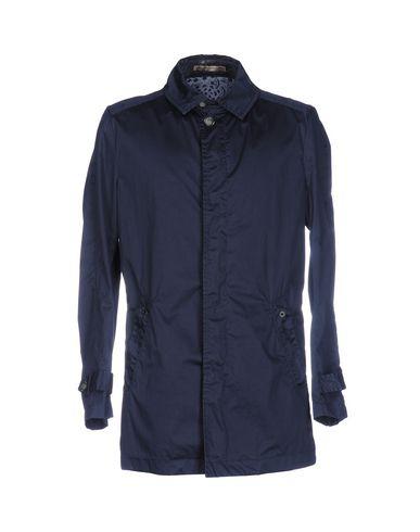 Легкое пальто от JEY COLE MAN