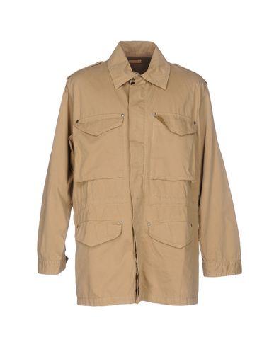 Легкое пальто от JAGGY