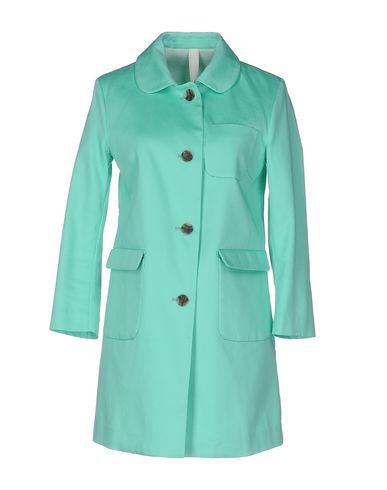 Легкое пальто от AT.P.CO