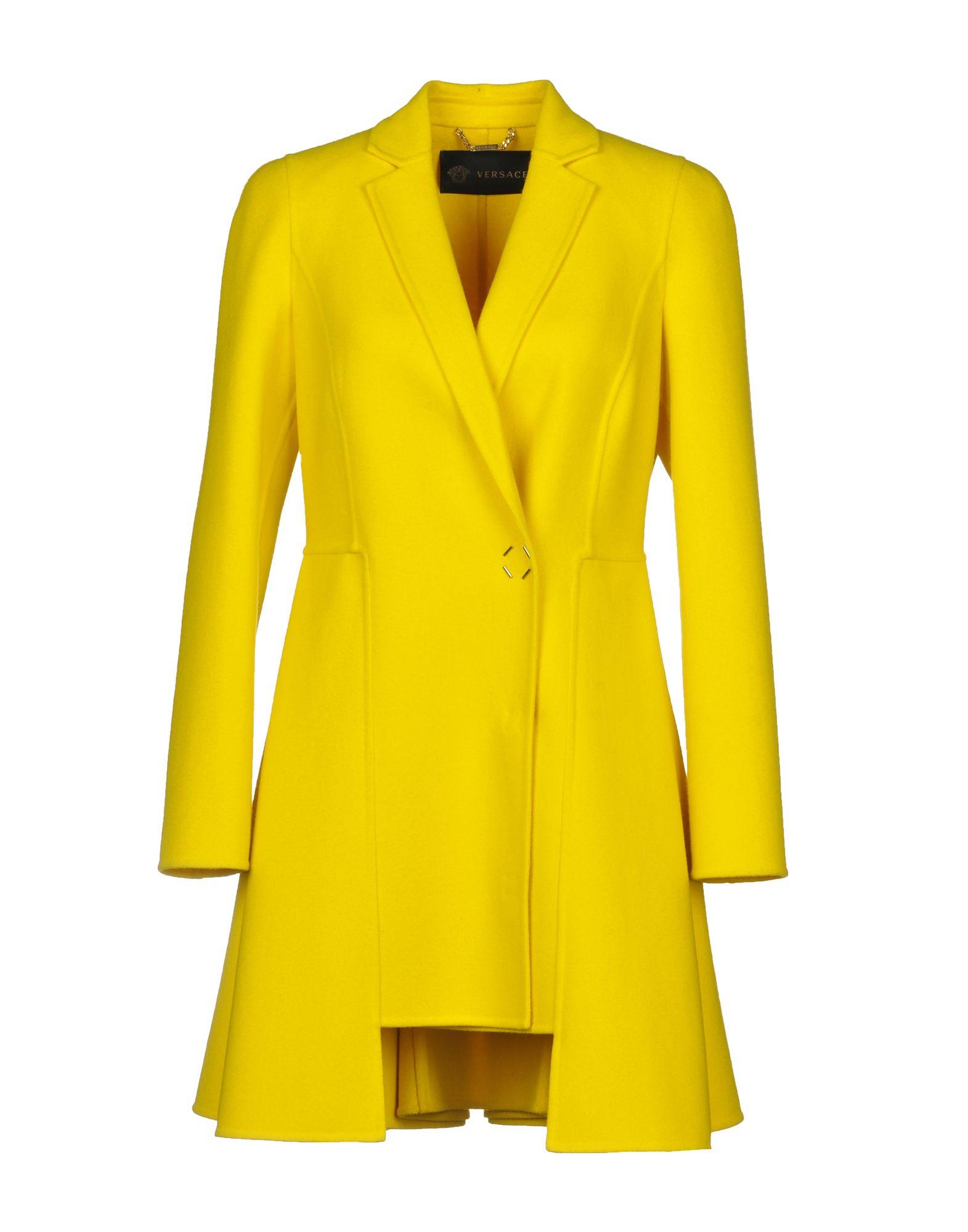 VERSACE Пальто цена