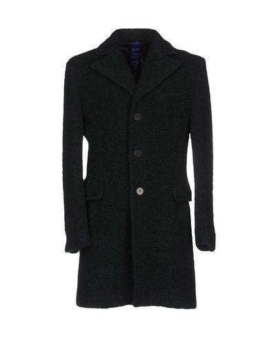 Пальто от MACCHIA J