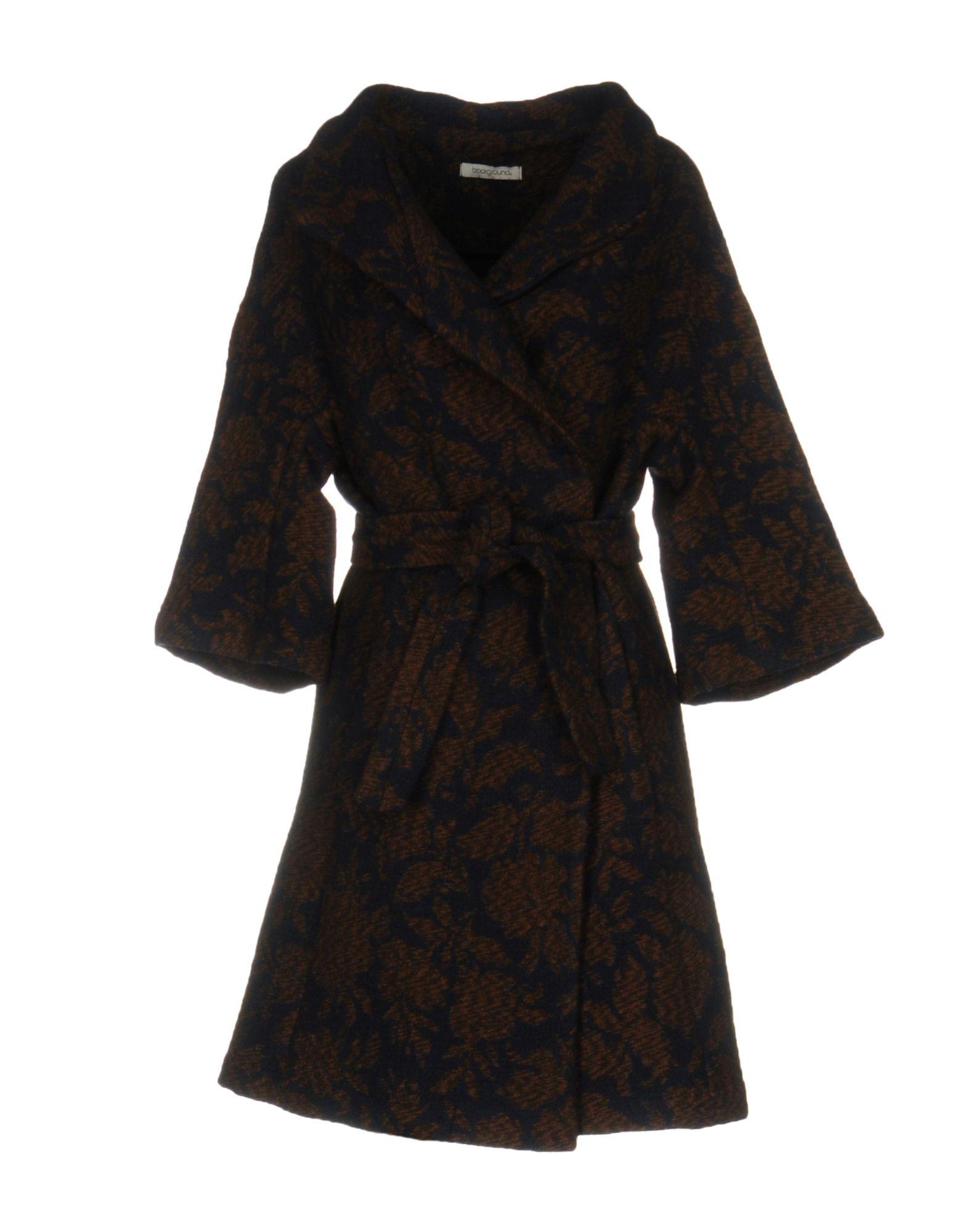 BACKGROUND Пальто