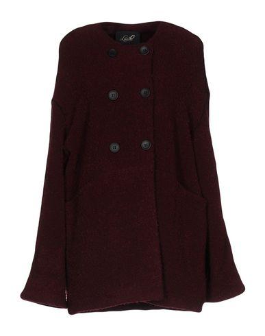 Пальто от LUCILLE