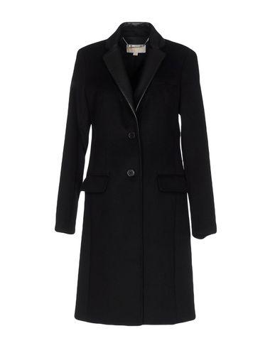 Фото - Женское пальто или плащ  черного цвета