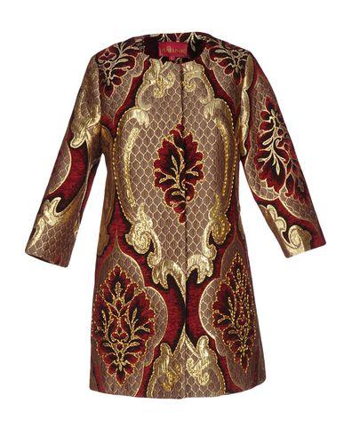 Легкое пальто от AMUSE
