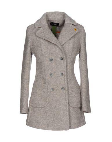 Пальто от IANUX