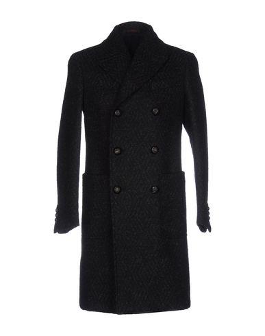 Пальто от THE GIGI